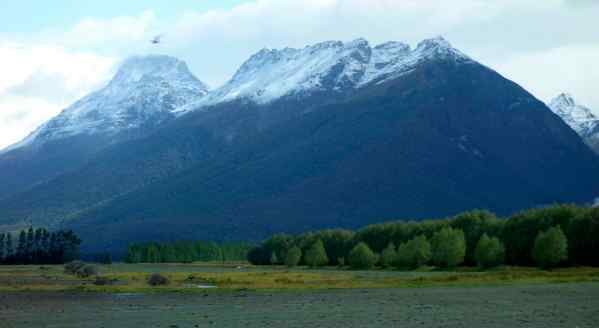 Worldwide, glaciers and snow caps are shrinking, and New Zealand is not exempt. (Photo: Glenorchy, South Island, New Zealand)