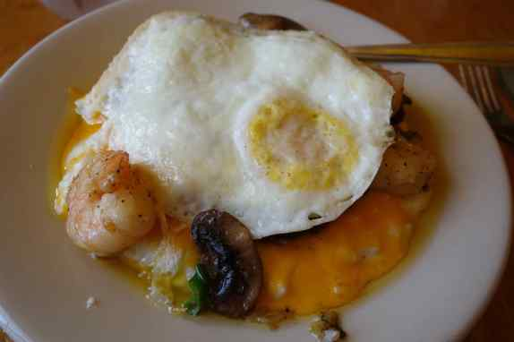 The day started at Addie Mae's Southern Kitchen with cheesy grits, sautéed mushrooms, and shrimp topped with a fried egg.