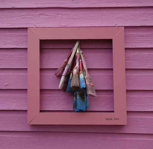We've never seen a framed work of art on the exterior of a building. The pink frame on the pink exterior wall presented a unique ART piece.