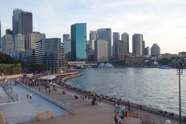 Imagine the view Cook had of the Australian coast compared to what we saw in nearby Sydney.