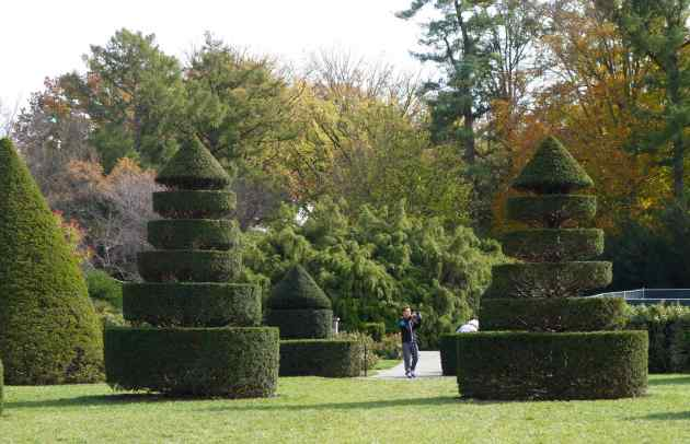 We rarely visit topiary gardens, and when they're good, we're inspired