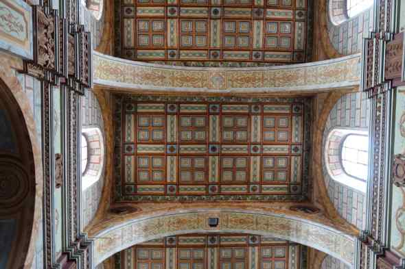 We kept looking up at the church ceilings and the one in Iglesia de Santo Domingo was a favorite.