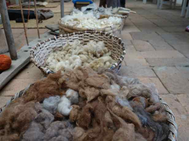 The materials he uses for weaving are wool from sheep and alpaca, as well as some cotton.