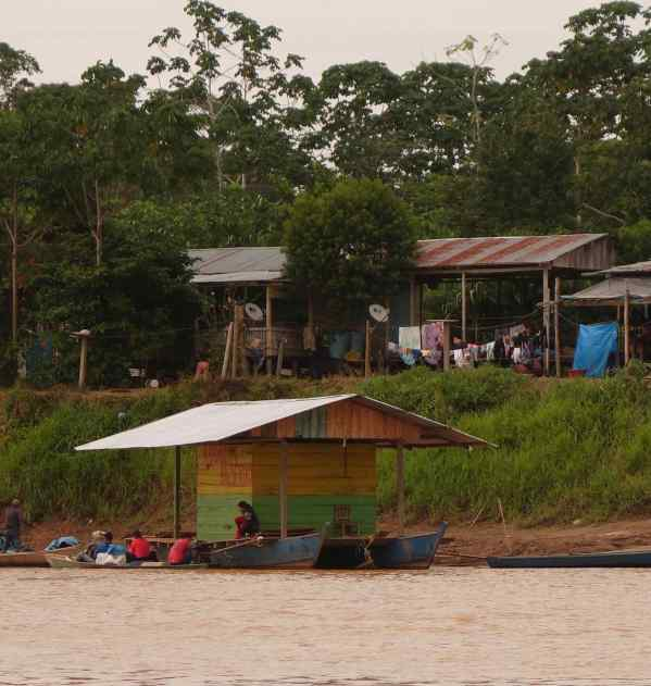 Our last day, we took a 2-hour boat trip south on the Manu River and then southwest down the Madre de Dios River to the tiny town of Boca Colorado.