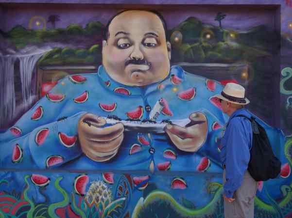 The mural near an ice cream shop in town was one of our favorites.